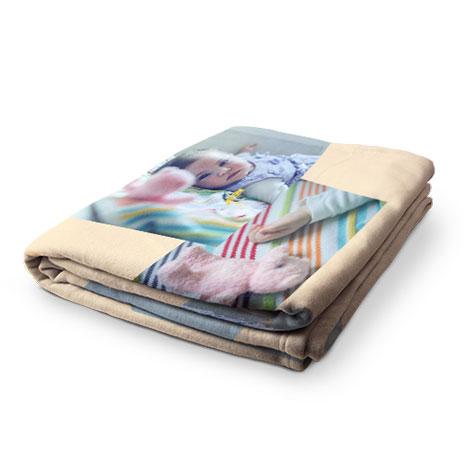 Arctic plush blankets 470x470 031015